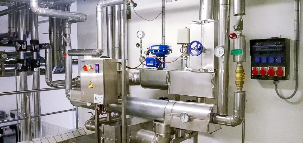 Anlagenverrohrung, Industrieanlagenbau, Rohrleitungsbau, Wärmeträgeranlage